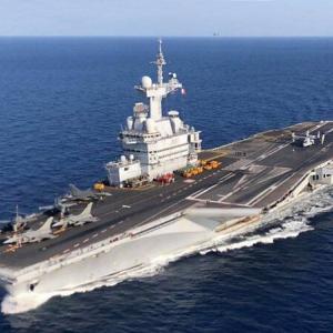仏空母シャルル・ド・ゴールでコロナ感染者:地中海任務から緊急帰国へ
