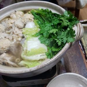 『料理ネタ』鶏団子とキノコの鍋_水炊き風