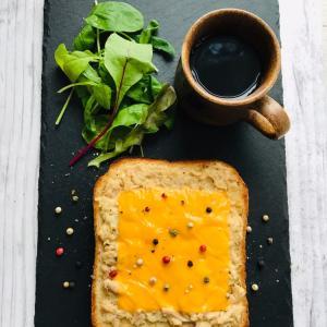 オーツ麦入り食パンでツナメルトトースト
