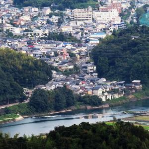 城ケ森から鳥越を・高知市街を・香南市を望遠で撮った。