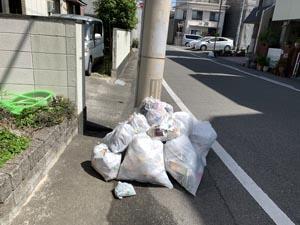 秋田町発24時「出入り人にからまれる」