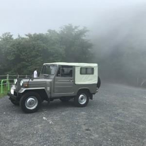 嬉しいお知らせです。神奈川県川崎市から三菱ジープ互助会第133台目のご参加は貴重な個体J26です。