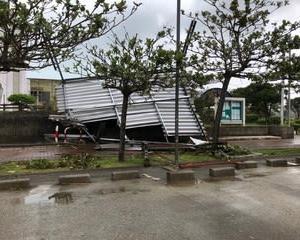 台風24号被害@アーネストワン 軒天井が飛ばされる