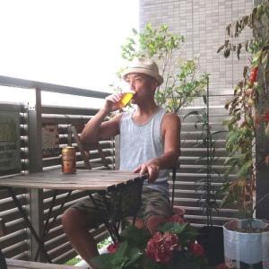 トマト収穫記念ベランダパーティ開催! enjoyed beer with just picked up veranda made tomato