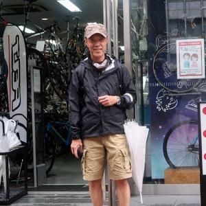 修理の後はパーツ屋さんへ biggest bicycle and gears shop in Osaka