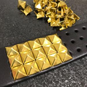 スタッズベルト 3連ピラミッド ブラス 真鍮