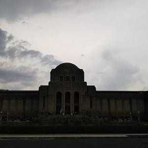 神宮 絵画館に行ってきた