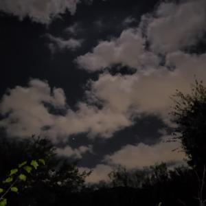 雲の多い夜に・・・11.15