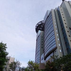 赤坂散歩を5.26していたら 何と2021年5月18日に若山弦蔵さんが・・・