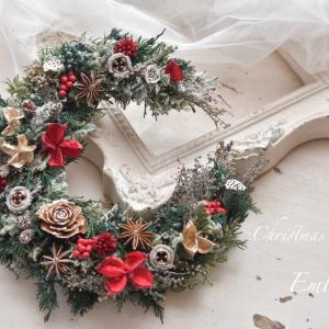プリザーブドフラワーでクリスマスリース