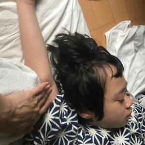 発達障害児 脇の下まで触れるようになった