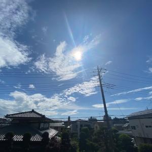 20/06/12  今日の朝は晴れました! 今日の太陽黒点 と 今日のお月様。月齢20日目!
