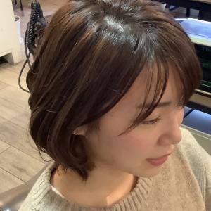 髪の毛の分け目を決める基準とは?