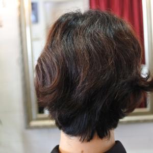 【癖毛を自然な艶髪に】キラガミストレート始めました。