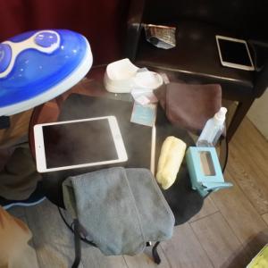 スマホやiPadの画面はトイレの便座より汚いらしい・・・