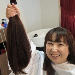 髪を綺麗に早く伸ばす4つの方法
