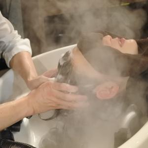 シャワーの温度が高いと老ける原因になる⁉️