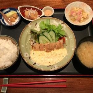 サラメシ・笹弥(シーロム店)