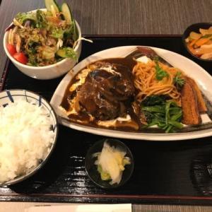 サラメシ ・デミグラスソースハンバーグ定食@伊勢スリウォン店