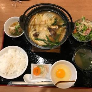 サラメシ ・鶏すき焼き鍋定食(週替わりメニュー)@鳥波多スリウォン店
