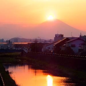 秋分~富士に沈む夕日