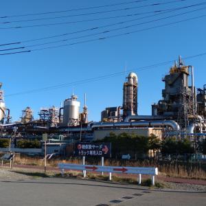 神秘的!新潟市東区の工場夜景ツアーがアツい!