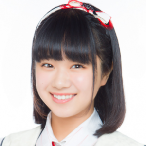 NGT48の真下華穂さんが禰豆子の竹パンをくわえているのが可愛すぎる