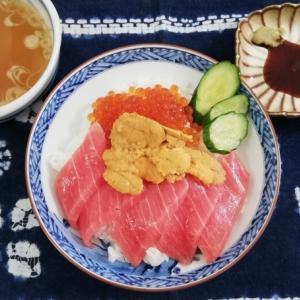 自宅で5種の豪華海鮮丼をお取り寄せ!