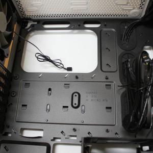 自作PC作成 Ryzen 5 3600編3 ~マザーボードをPCケースに取り付け、電源や各種配線。