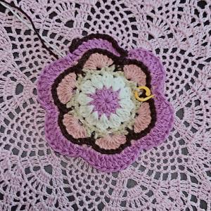 六角形のモチーフ編み始めました(^^)