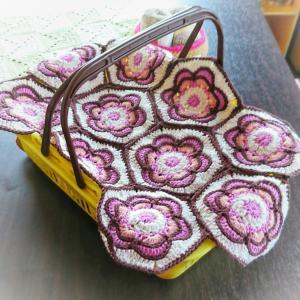 Painted flower hexagon⑥モチーフ 完成&編み図の事