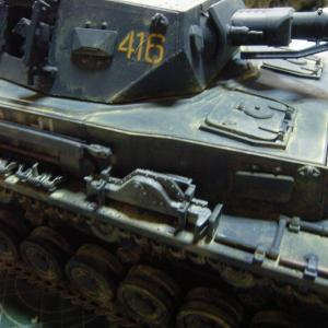 タミヤの新製品IV号戦車F型を作る(OVMの塗装と取り付け)