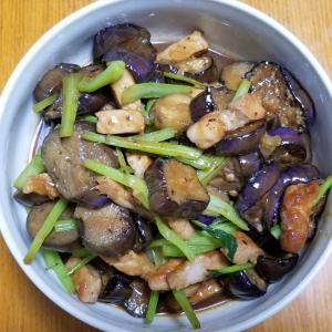 昨日の晩御飯「茄子と豚肉の味噌炒め」「アジの南蛮漬け」