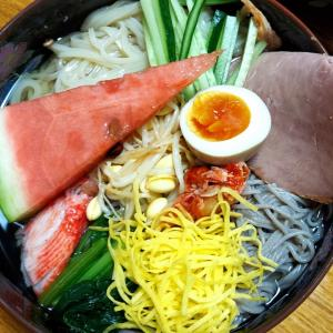 昨日の晩御飯「2色冷麺」