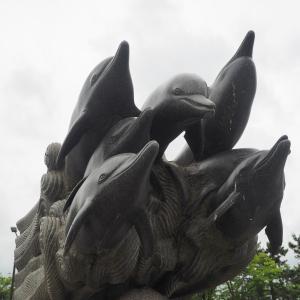見附島公園の噴水オブジェ