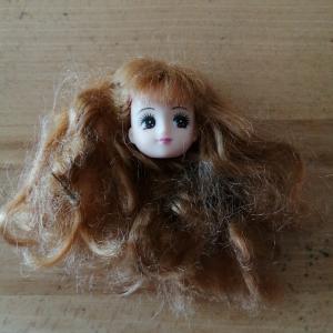 リカちゃんの髪の毛、再生作戦!