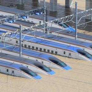 台風19号被害:浸水した長野新幹線車両センター