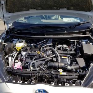 新型ヤリス 1.0L エンジンルーム、エンジン音の大きさを確認した結果…!トヨタ TOYOTA