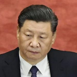 【海外の反応】中国空軍の実力が明確に!規模は世界も驚くほど巨大!だが、中国の空軍力には現実的な欠点が・・。現代の戦いでは戦闘不能と判明!【にほんのチカラ】