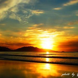 Sea sky walk ・・・  & ・・・瑠 璃 色 の 地 球 ~♪      ( 北九州市のウユニ~ )