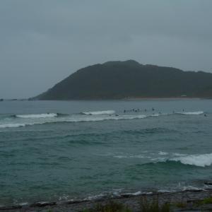 前線停滞と京丹後の海