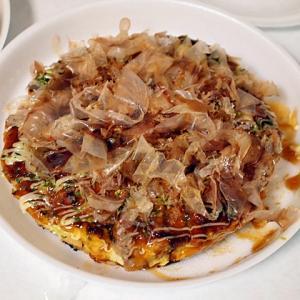 令和02年05月24日(日) 昼:伊賀家飯・小籠包 餃子 豚とろスモーク 夜:伊賀・駒音 お好み焼き たこ焼き 駒音焼き 豚平焼き