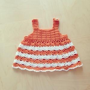 かぎ針編みのおすましチュニック
