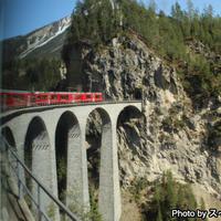 世界遺産のレーティッシュ鉄道アルブラ線の旅