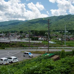 夏の信州 入笠山を下る