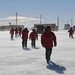 【オーストラリア】南極からニュージーランドへ米国人観測隊員を救急搬送…理由は明らかにせず