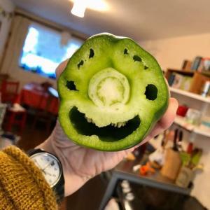 コロナウィルスの話をやめてお届けする緑の笑顔