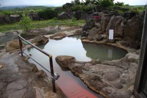 ワイルドな温泉