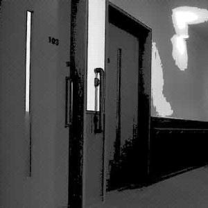 とある老人介護施設に鳴り響く音