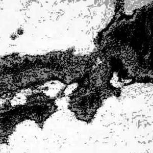 奇妙な場所と地図に記された赤い点